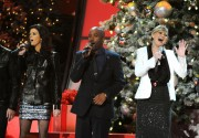 "Jennifer Nettles - taping CMA's ""A Very Country Christmas"" - 11/10/11 - X 24 MQ"