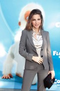 "Elsa Pataky attends the press conference for ""Snowflake, The White Gorilla""  at the Zoo in Barcelona, 1 December, x25"