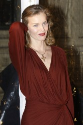 Ева Херцигова, фото 937. Eva Herzigova - Opening night of Totem in London, january 5, foto 937