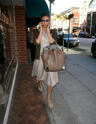 Ева Мендес, фото 4727. Eva Mendes spotted leaving a Medical Building in Beverly Hills, january 18, foto 4727