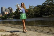 Виктория Азаренко, фото 194. Victoria Azarenka Posing with the Australian Open Trophy along the Yarra River in Melbourne - 29.01.2012, foto 194