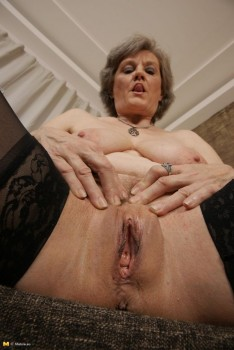 mature solo masturbating