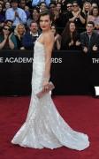 Милла Йовович, фото 2004. Milla Jovovich 84th Annual Academy Awards - February 26, 2012, foto 2004