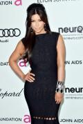 Ким Кардашиан, фото 7942. Kim Kardashian Elton John AIDS Foundation Academy Awards Party - 02/26/12*with sister Kourtney, foto 7942,
