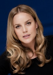 Эбби Корниш, фото 621. Abbie Cornish 'W.E.' Portraits during 2011 Toronto Film Festival - September 9, 2011, foto 621