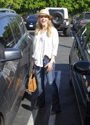 Джули Бенц, фото 1147. Julie Benz leaving Mauros Cafe in Melrose - March 3, 2012, foto 1147