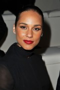 Алиша Киз (Алисия Кис), фото 3114. Alicia Keys Valentino Ready-To-Wear Fall/Winter 2012 show - 06/03/2012, foto 3114