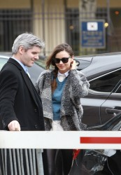 Миранда Керр, фото 3757. Miranda Kerr - arriving at the Miu Miu runway show, Paris - March 7, foto 3757